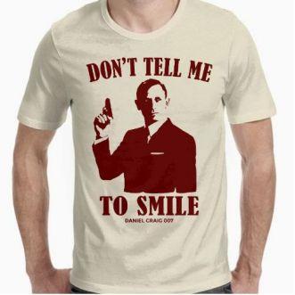 https://www.positivos.com/136165-thickbox/don-t-tell-me-to-smile-daniel-craig-007-2.jpg