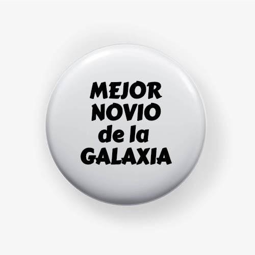 https://www.positivos.com/163947-thickbox/chapa-mejor-novio-de-la-galaxia.jpg