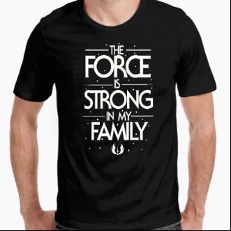 https://www.positivos.com/173886-thickbox/camiseta-la-fuerza-es-fuerte-en-mi-familia.jpg